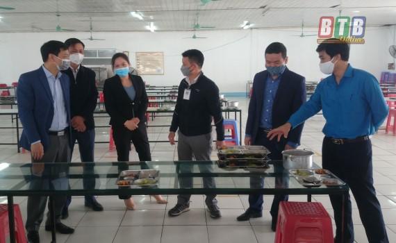 Đông Hưng triển khai thực hiện tháng hành động vì an toàn thực phẩm năm 2020