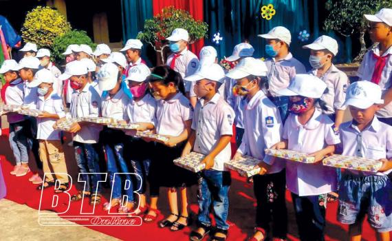Khuyến học, khuyến tài ở Hồng Giang